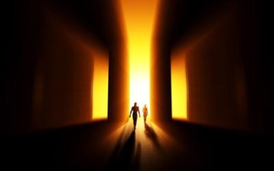 Почему интересно и страшно узнать что будет после смерти, Связь с ушедшей душой через медиума, Связь связь с умершим, Как поминать покойных