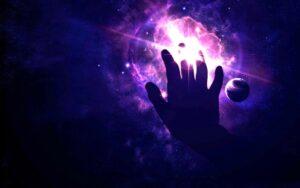 Этапы становления в магии: экстрасенсорика, колдовство, маги и архимаги. У каждого развиваются свои способности: ясновидение, яснослышание